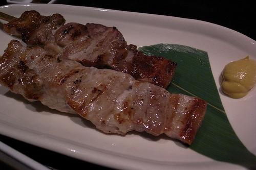 越後もち豚のジャンボ串焼き